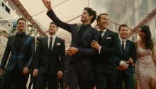 Entourage-Movie-Review-header-700x300